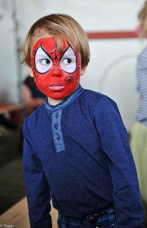 Face-Paint-Spiderman-boy