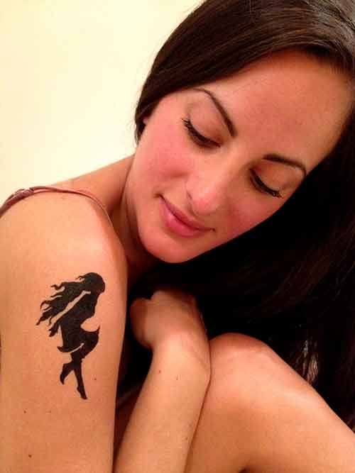 Temporary-Tattoo_shoulder-fairy-glance-woman